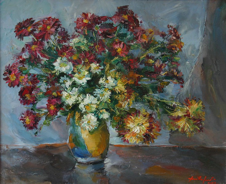 Chrysanthemums in yellow pot 55x45cm